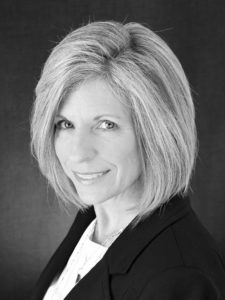 Peggy Deare is an Executive Recruiter and Sales Recruiter with Deare Search Partners, a leading executive search firm in Minneapolis, MN